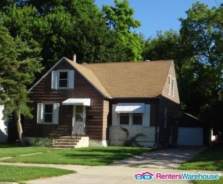 1022 W Fountain St, Albert Lea, MN 56007