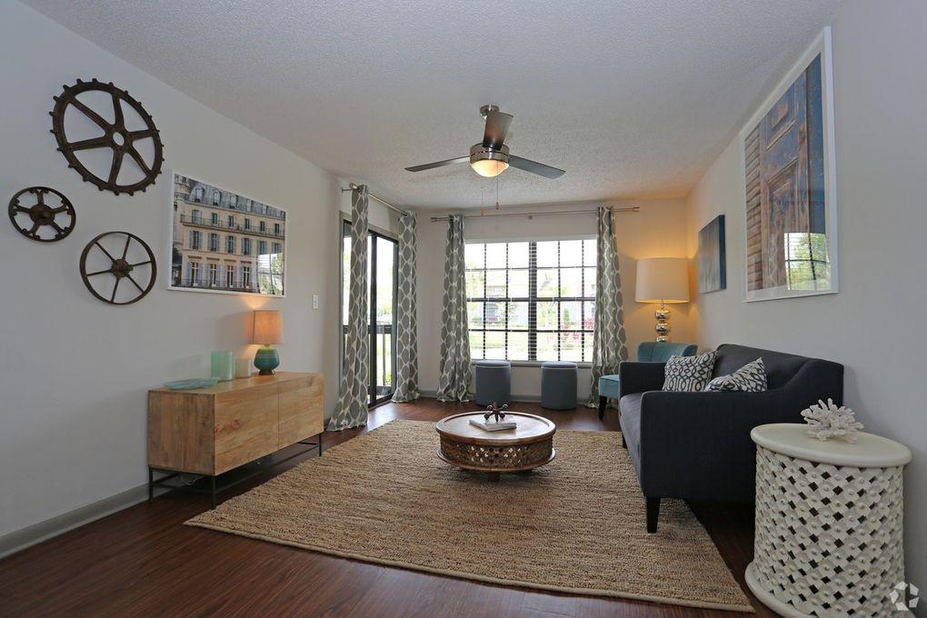 The Livingston Apartments Fl
