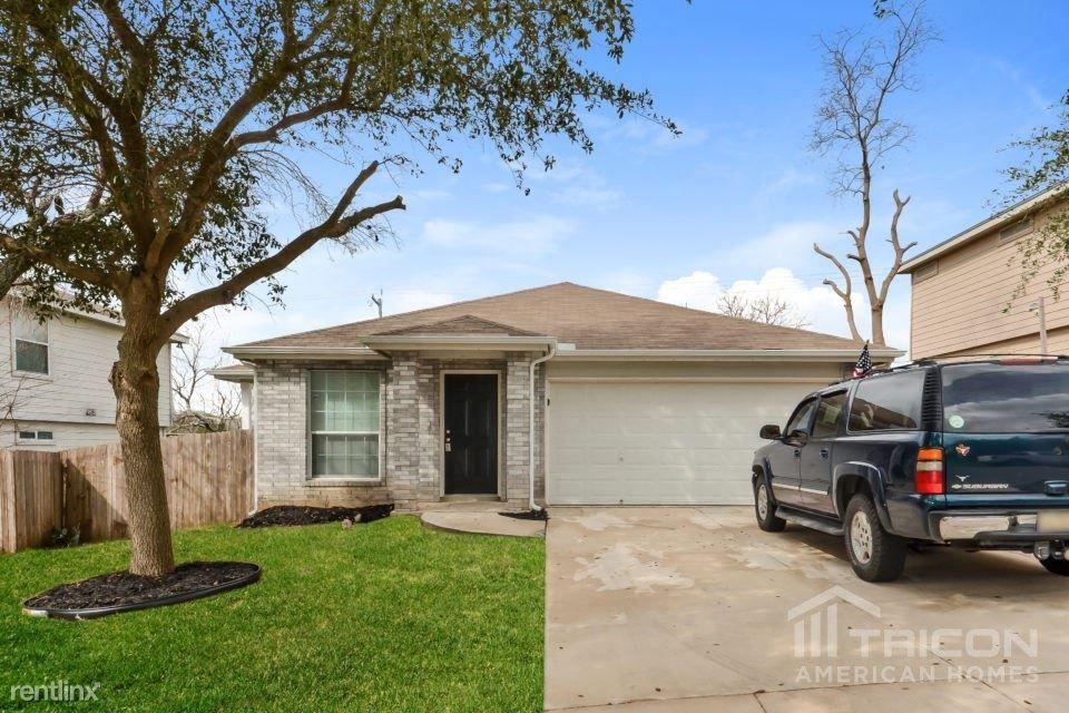 311 Rustic Stable San Antonio, TX 78227