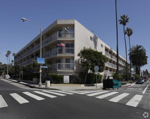 Photo of 2021 Ocean Ave, Santa Monica, CA 90405