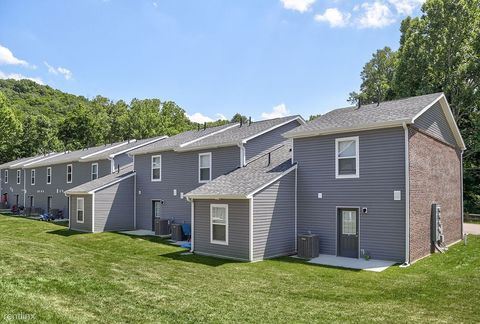 Super Madison Wv Condos Townhomes For Rent Realtor Com Home Interior And Landscaping Eliaenasavecom