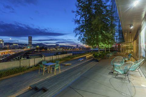 Photo of 22 Ne 2nd Ave, Portland, OR 97232
