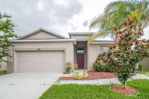 Photo of 2729 Carrickton Cir, Orlando, FL 32824
