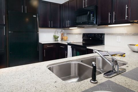 5610 Glenridge Dr  Sandy Springs  GA 303425675 Roswell Rd  Atlanta  GA 30342   realtor com . 2 Bedroom Apartments For Rent In Sandy Springs Ga. Home Design Ideas