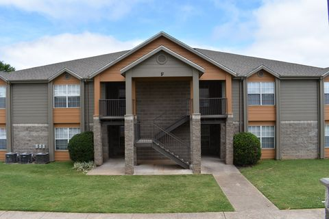 1517 Electric Ave, Springdale, AR 72764