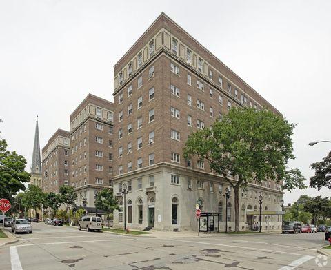 Photo of 924 E Juneau Ave, Milwaukee, WI 53202