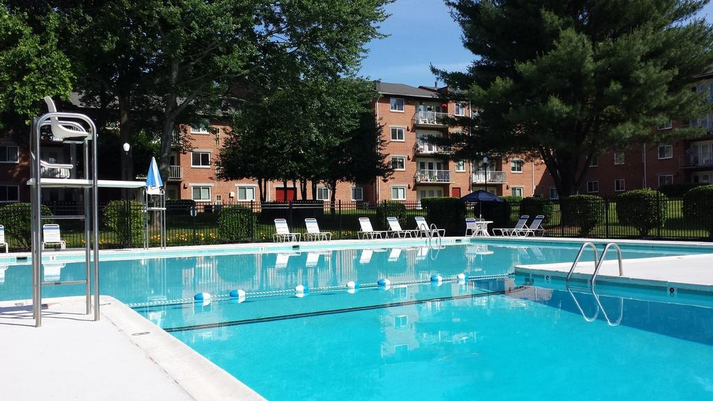 Fairfax Circle Villa Apartments