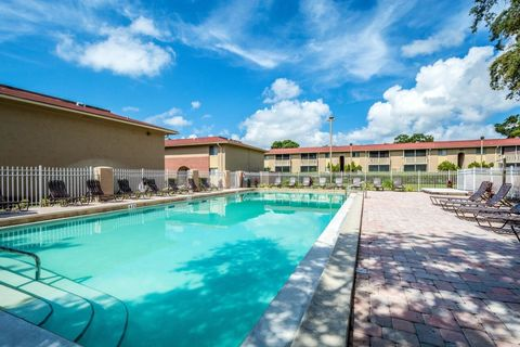 Amazing 19135 Us Highway 19 N, Clearwater, FL 33764. Apartment For Rent