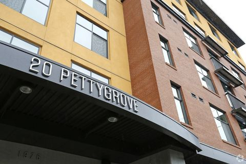 Photo of 1976 Nw Pettygrove St, Portland, OR 97209