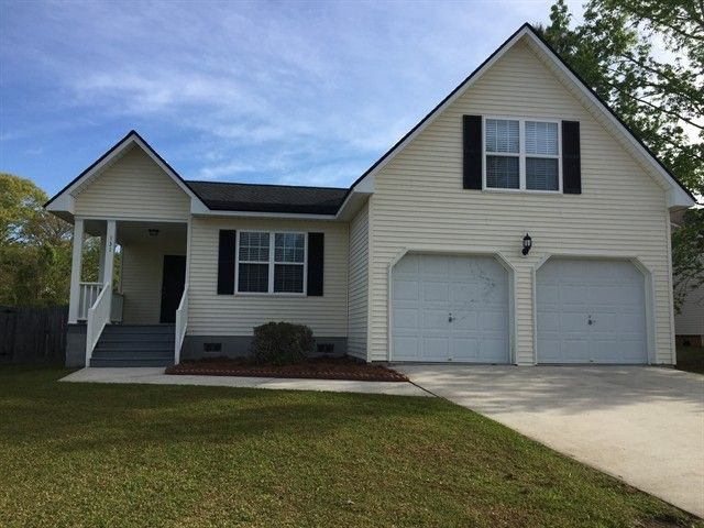 131 Kingsbridge Dr, Goose Creek, SC 29445