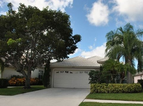 Photo of 2495 Country Golf Dr, Wellington, FL 33414
