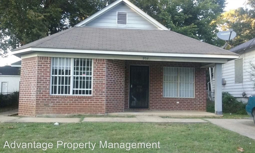 Awe Inspiring 952 Doris Ave Memphis Tn 38106 Home Interior And Landscaping Ologienasavecom