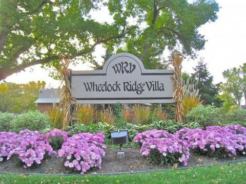 380 Wheelock Pkwy E, Saint Paul, MN 55130