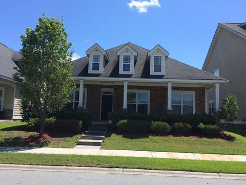 Photo of 241 Clearwater Cir, Port Wentworth, GA 31407
