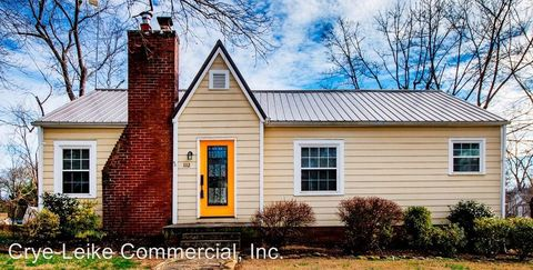 Photo of 1112 Sterling Ave, Maryville, TN 37803