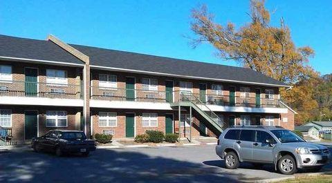 Photo of 601 Harlan St, Calhoun, GA 30701