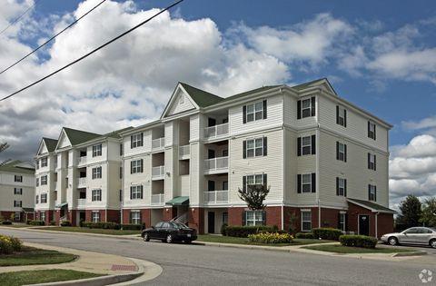 Photo of 2804 Turnpike Rd, Portsmouth, VA 23707
