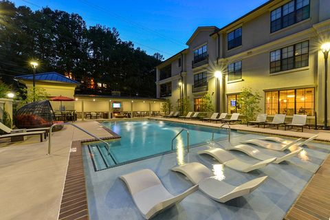 Photo Of 4011 Roswell Rd Ne Atlanta Ga 30342 Apartment For Rent