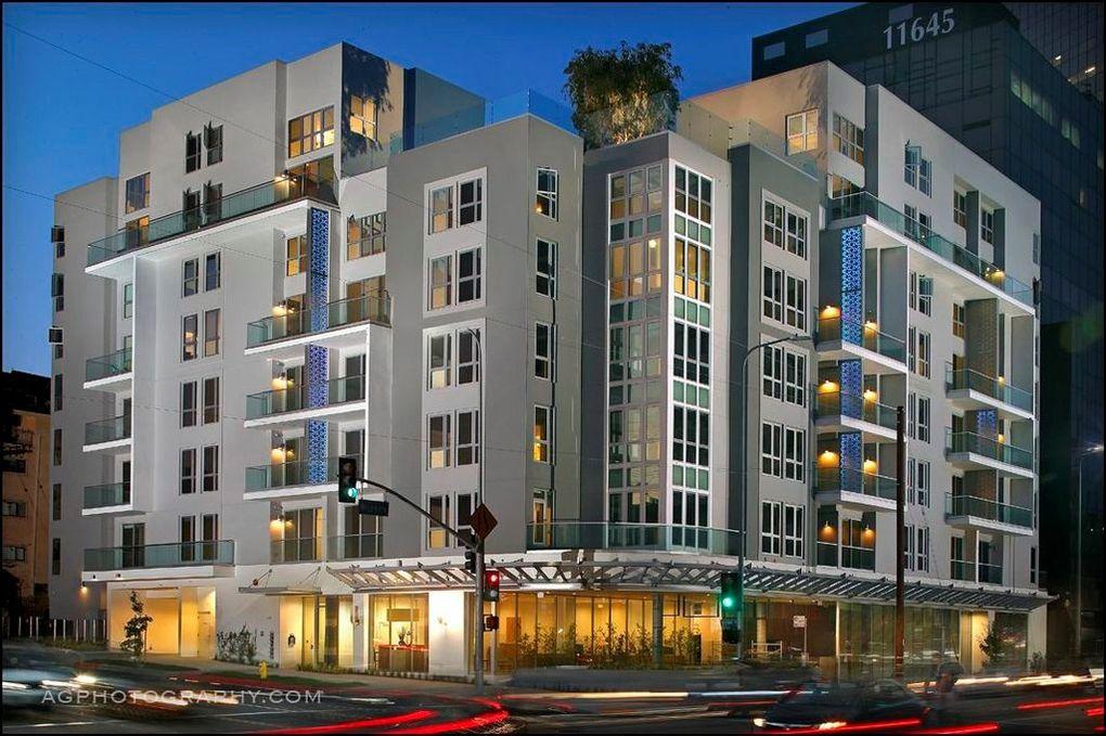 1168 S Barrington Ave, Los Angeles, CA 90049 - realtor.com®