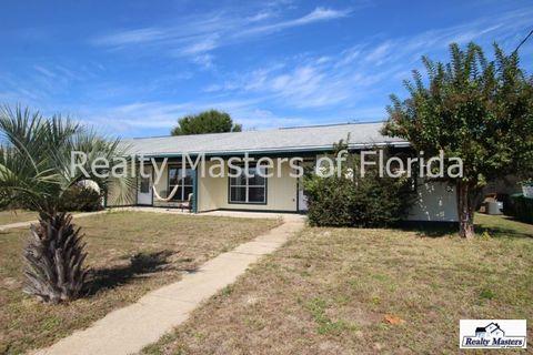 3242 Santa Rosa Dr, Gulf Breeze, FL 32563