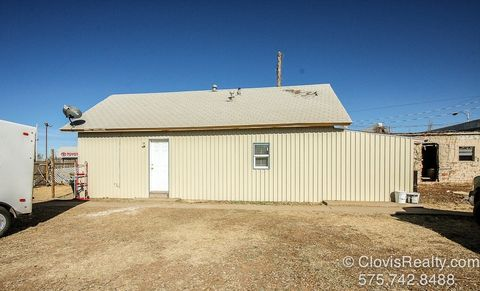 Photo of 609 Hinkle St, Clovis, NM 88101