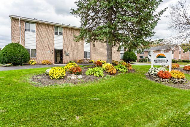 40 Hazelhurst Dr, Rochester, NY 14606 - realtor.com®