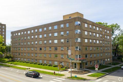 Photo Of 701 E Armour Blvd Kansas City Mo 64109 Apartment For Rent