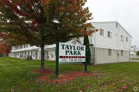 11312 Elm St, Taylor, MI 48180