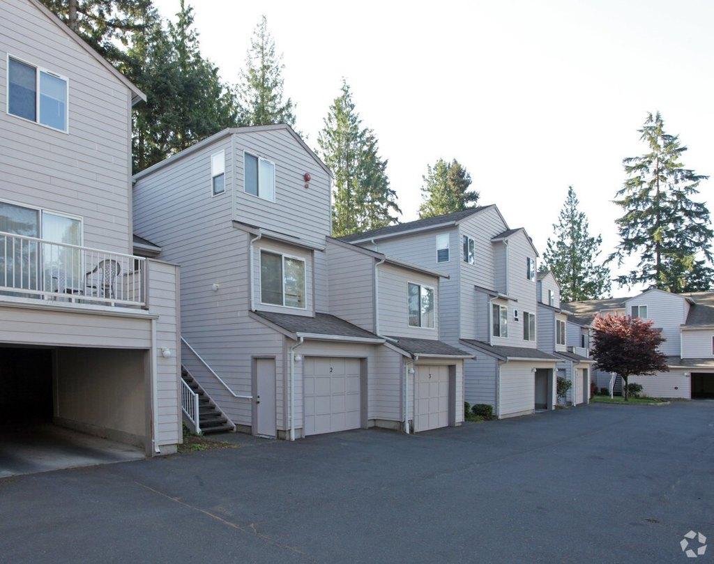 Fairway Apartments 7306 7312 208th St Sw Edmonds Wa 98026 Realtor Com