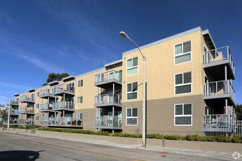 Photo of 14000 Palawan Way, Marina del Rey, CA 90292
