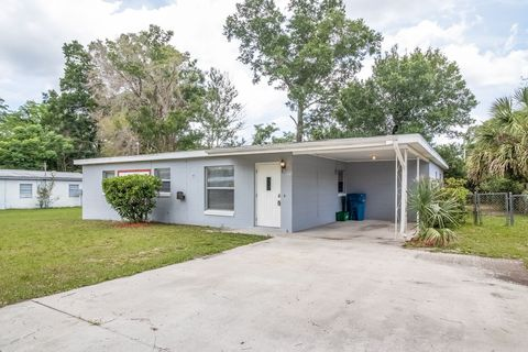 Photo of 111 Wiley Ave, Deland, FL 32724