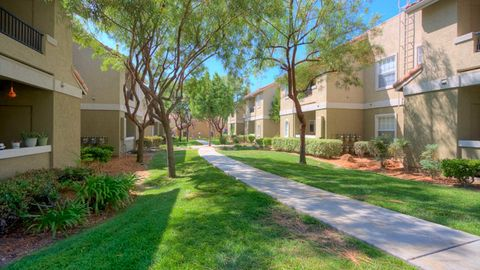 Photo of 12435 Heatherton Ct, San Diego, CA 92128