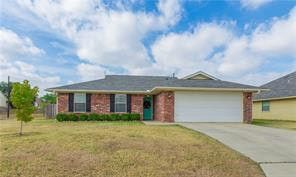 Photo of 2207 8th St, Brownwood, TX 76801