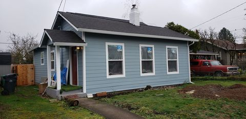 Photo of 5909 Se Carlton St, Portland, OR 97206