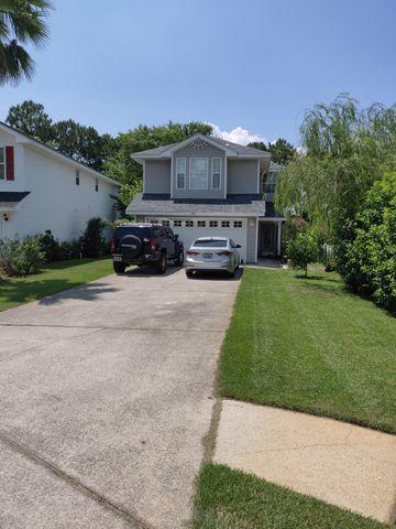 Photo of 268 Twin Lakes Ln, Destin, FL 32541