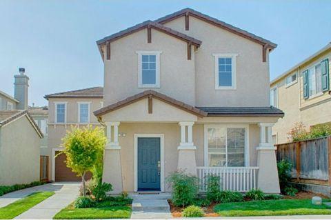 64 Vista Verde Cir, Watsonville, CA 95076