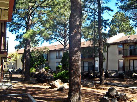 Photo of 1105 E Ponderosa Pkwy, Flagstaff, AZ 86001
