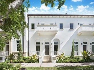Photo of 637 Santander Ave, Coral Gables, FL 33134
