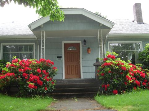 Photo of 3505 Se 16th Ave, Portland, OR 97202