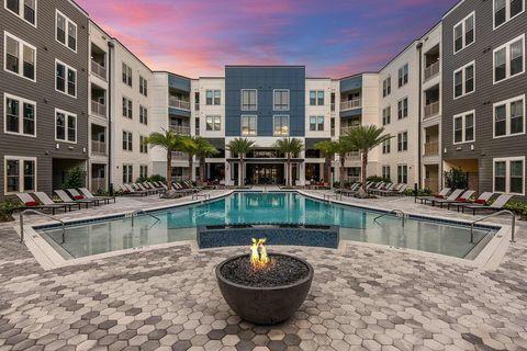Photo of 13645 E Colonial Dr, Orlando, FL 32826