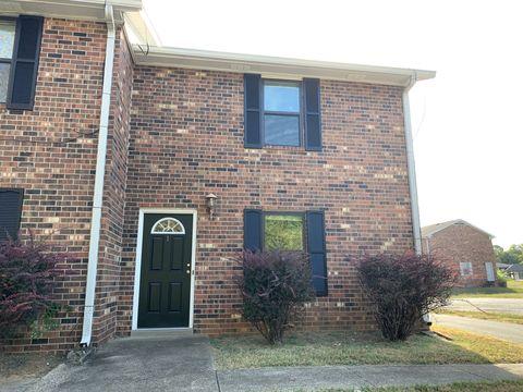 Photo of 1306 Huntington Dr Apt A, Murfreesboro, TN 37130