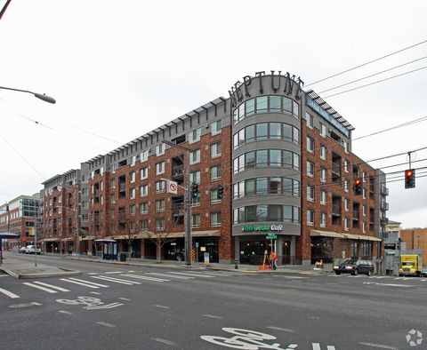 Photo of 912 Dexter Ave N, Seattle, WA 98109