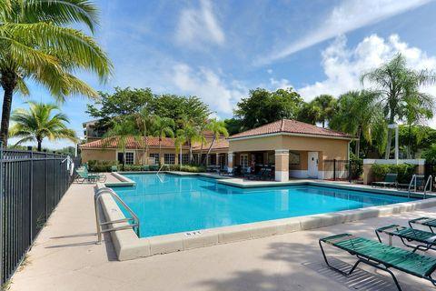 Photo of 1081 N Benoist Farms Rd, West Palm Beach, FL 33411