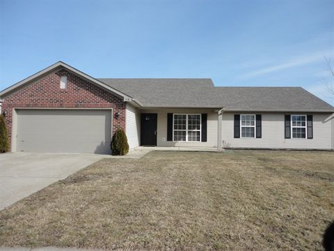 Photo of 1518 Counselor Row, Shelbyville, IN 46176