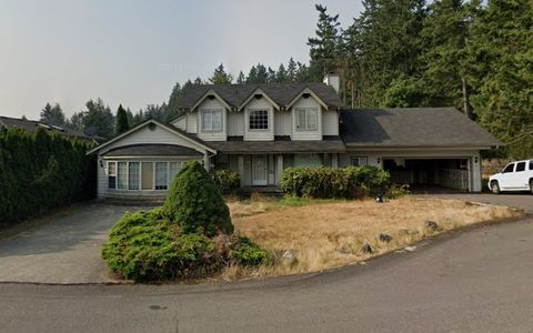 Photo of 1917 Mt Rainier Blvd S, Spanaway, WA 98387
