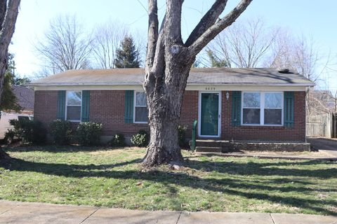 Photo of 6629 Ashbrooke Dr, Pewee Valley, KY 40056