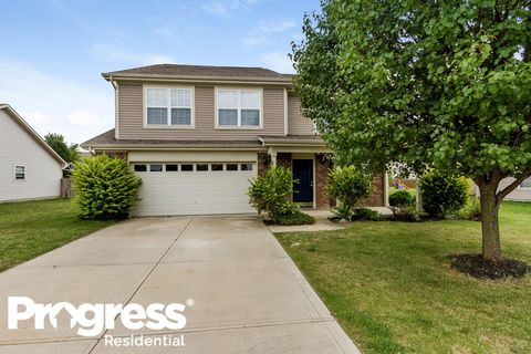 Photo of 2459 Foxtail Dr, Plainfield, IN 46168
