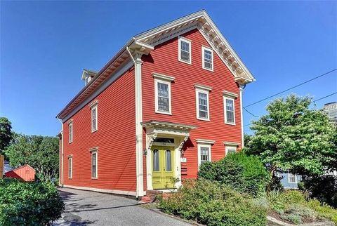 Photo of 150 Prospect St Apt 1, Providence, RI 02906