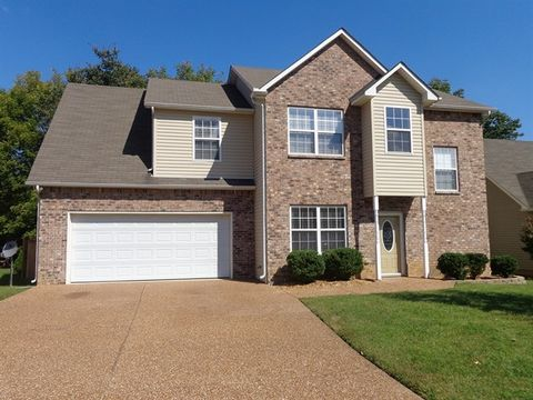Photo of 1273 Baker Creek Dr, Spring Hill, TN 37174