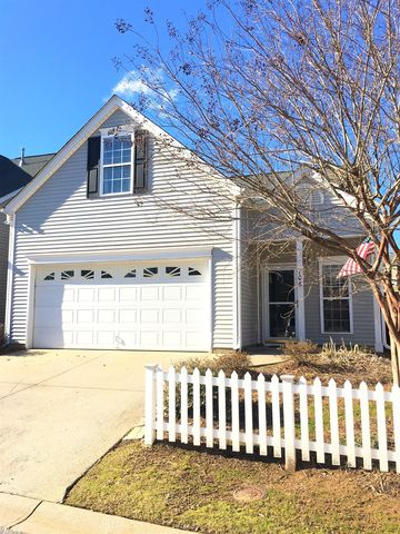 Photo of 106 Callbeck Ln, Simpsonville, SC 29681